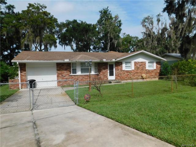 7931 W Riverbend Road, Crystal River, FL 34428 (MLS #776478) :: Plantation Realty Inc.
