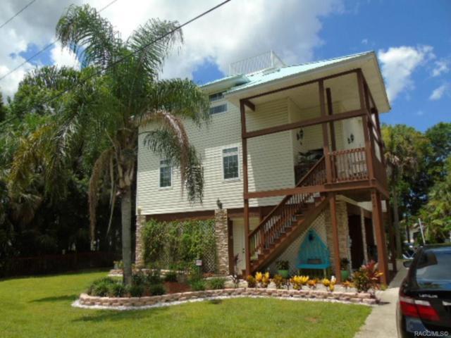 1424 SE 5th Avenue, Crystal River, FL 34429 (MLS #779016) :: Plantation Realty Inc.
