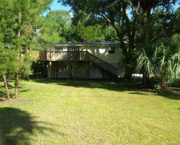 6638 Riverside Drive, Yankeetown, FL 34498 (MLS #780000) :: Pristine Properties