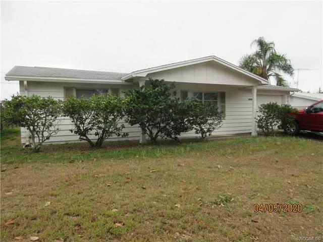5046 Moog Road, Holiday, FL 34690 (MLS #792081) :: Pristine Properties