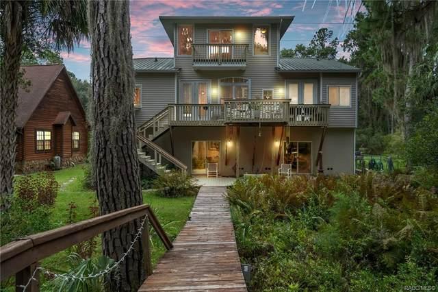 10297 W Riverwood Drive, Crystal River, FL 34428 (MLS #795026) :: Pristine Properties