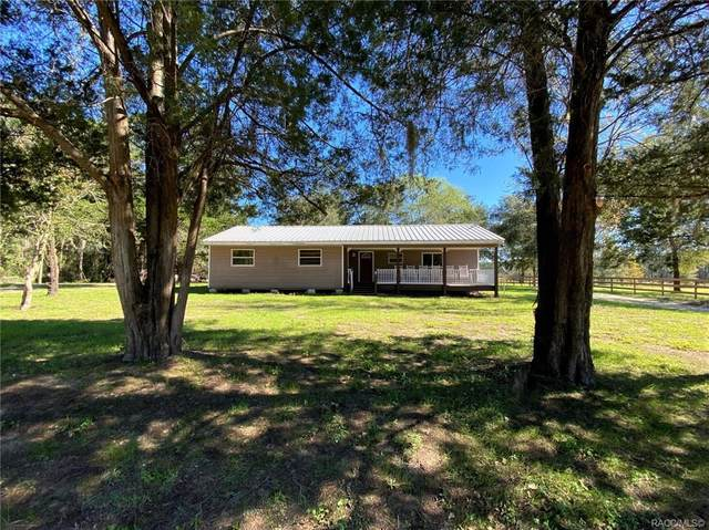 4251 NE 147th Court, Williston, FL 32696 (MLS #796770) :: Plantation Realty Inc.