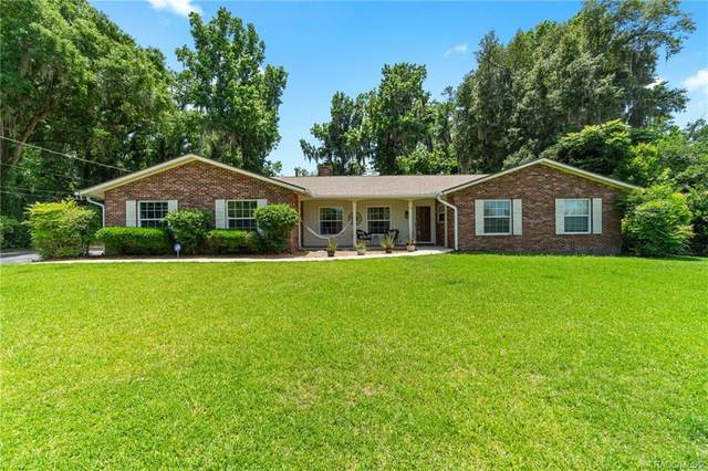 2226 NE 6th Place, Ocala, FL 34470 (MLS #801024) :: Plantation Realty Inc.
