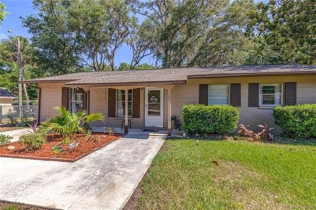 7209 W Greenwood Lane, Crystal River, FL 34429 (MLS #802014) :: Plantation Realty Inc.