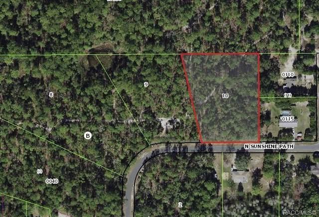 2378 N Sunshine Path, Crystal River, FL 34428 (MLS #803654) :: Pristine Properties