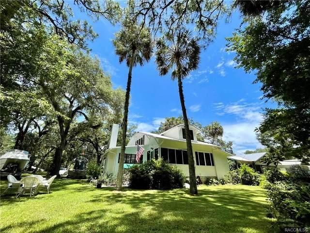 6114 Riverside Drive, Yankeetown, FL 34498 (MLS #804169) :: Pristine Properties