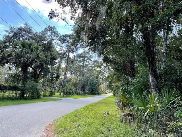 9909 W Deepwoods Drive, Crystal River, FL 34428 (MLS #805629) :: Pristine Properties