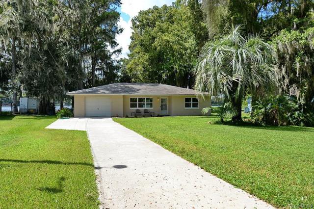 7616 S Crescent Loop, Floral City, FL 34436 (MLS #776537) :: Plantation Realty Inc.