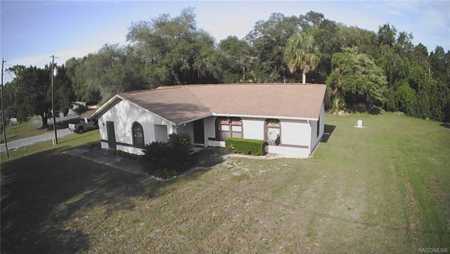 9478 W Marquette Lane, Crystal River, FL 34428 (MLS #782395) :: Pristine Properties