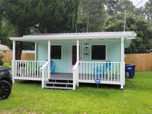 915 NE 7th Avenue, Crystal River, FL 34428 (MLS #793330) :: Plantation Realty Inc.