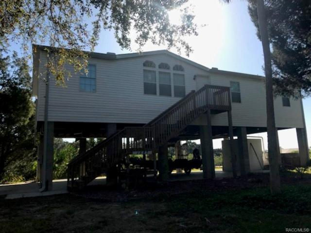 1587 S Fishcreek Point, Crystal River, FL 34429 (MLS #771914) :: Plantation Realty Inc.
