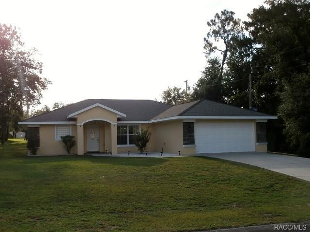 1275 W Sorrento Drive, Citrus Springs, FL 34434 (MLS #774565) :: Plantation Realty Inc.