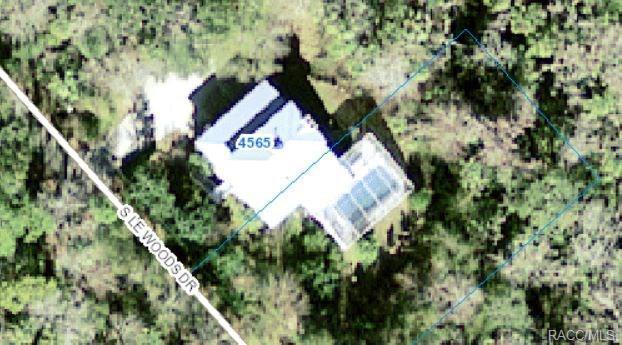 4565 S Lewoods Drive, Homosassa, FL 34448 (MLS #774607) :: Plantation Realty Inc.