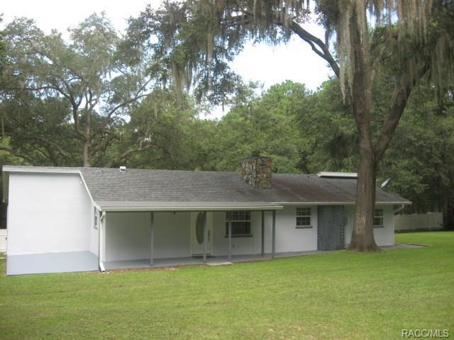 2835 W Live Oak Street, Lecanto, FL 34461 (MLS #775524) :: Plantation Realty Inc.