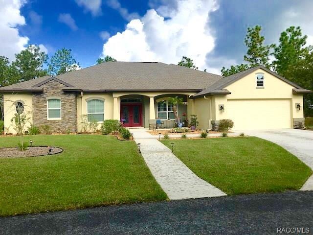22 Cupania Court, Homosassa, FL 34446 (MLS #775908) :: Plantation Realty Inc.