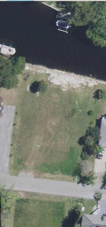 5145 S Mystic Point, Homosassa, FL 34448 (MLS #777990) :: Plantation Realty Inc.