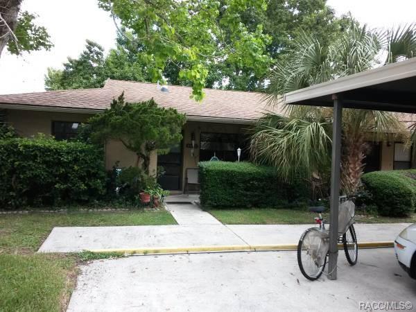 8440 W Earl Loop #2, Homosassa, FL 34446 (MLS #780477) :: Plantation Realty Inc.