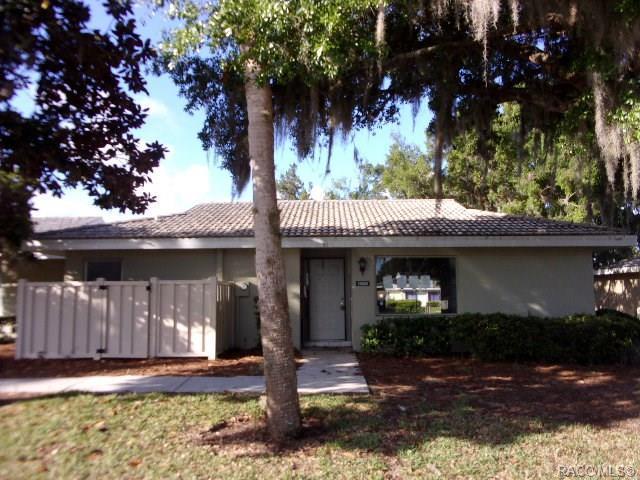 11269 W Bayshore Drive, Crystal River, FL 34429 (MLS #782460) :: Pristine Properties