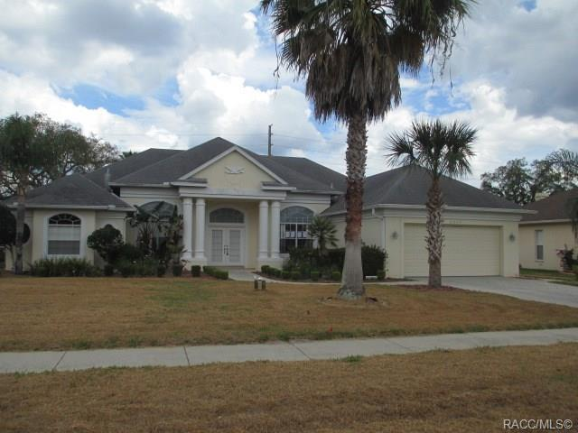 3392 St Ives Boulevard, Spring Hill, FL 34609 (MLS #782472) :: Pristine Properties