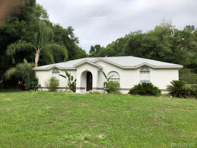 575 N Woodlake Avenue, Inverness, FL 34453 (MLS #783051) :: Pristine Properties