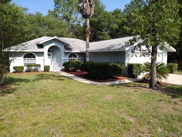 7622 N Elkcam Boulevard, Citrus Springs, FL 34433 (MLS #783138) :: Pristine Properties