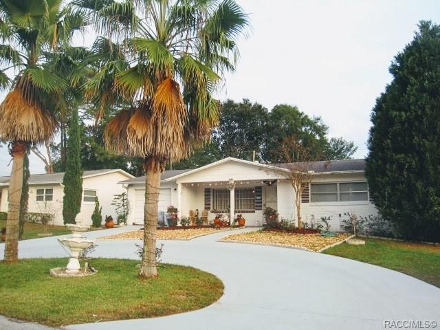 235 S Barbour Street, Beverly Hills, FL 34465 (MLS #783930) :: Pristine Properties