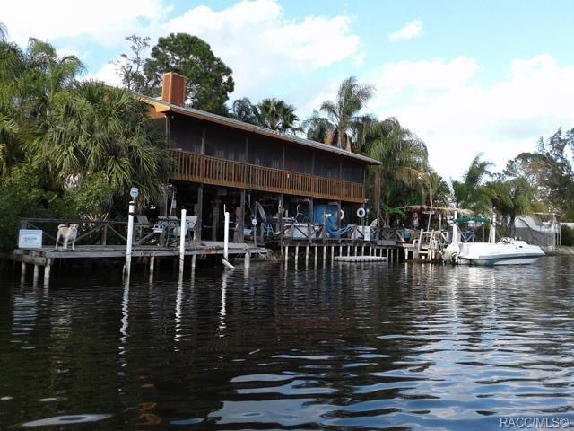8920 Rocky Creek Drive, Tampa, FL 33615 (MLS #784346) :: Pristine Properties