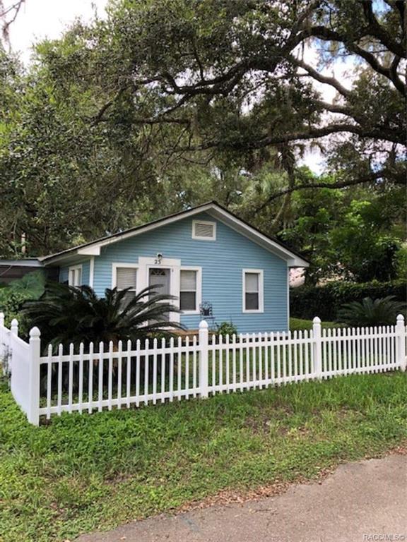 23 S Hawthorne Drive, Inglis, FL 34449 (MLS #784913) :: Plantation Realty Inc.