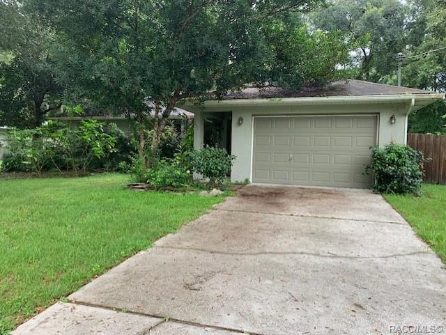637 N Morris Avenue, Inverness, FL 34453 (MLS #785290) :: Pristine Properties