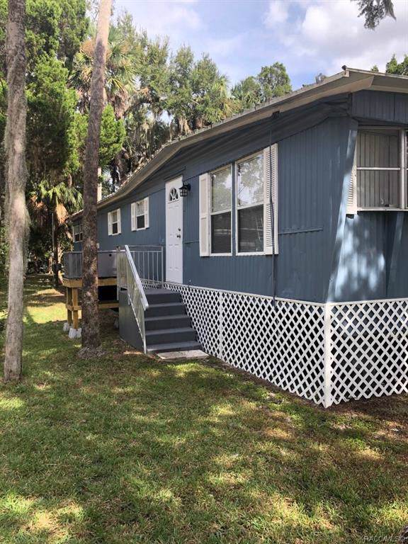 14488 W Black Creek Drive, Crystal River, FL 34429 (MLS #786893) :: Plantation Realty Inc.