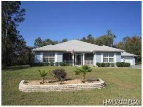 6 Dahoon Court N, Homosassa, FL 34446 (MLS #788785) :: Plantation Realty Inc.