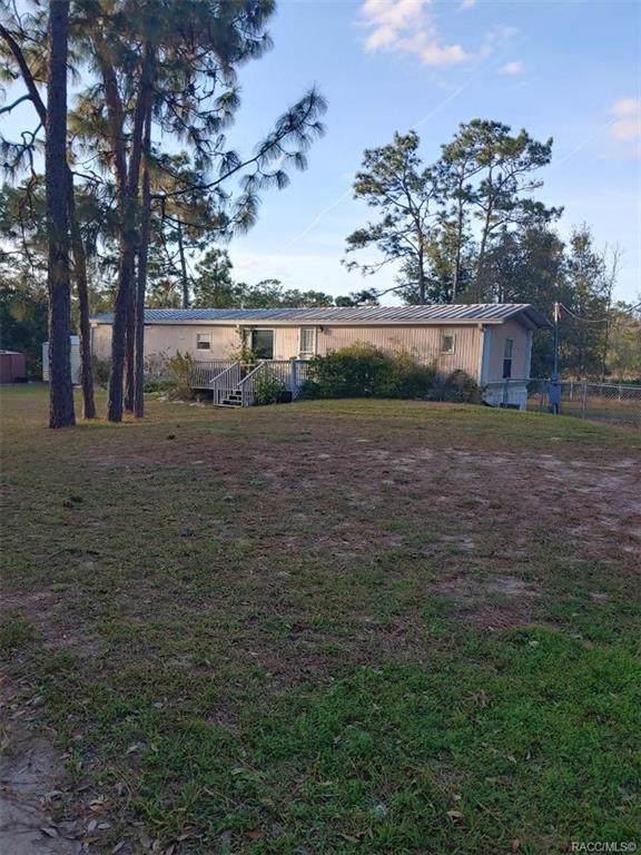 7435 W Astoria Court, Homosassa, FL 34446 (MLS #789079) :: Plantation Realty Inc.