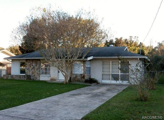21060 SW Raintree Street, Dunnellon, FL 34431 (MLS #796806) :: Pristine Properties