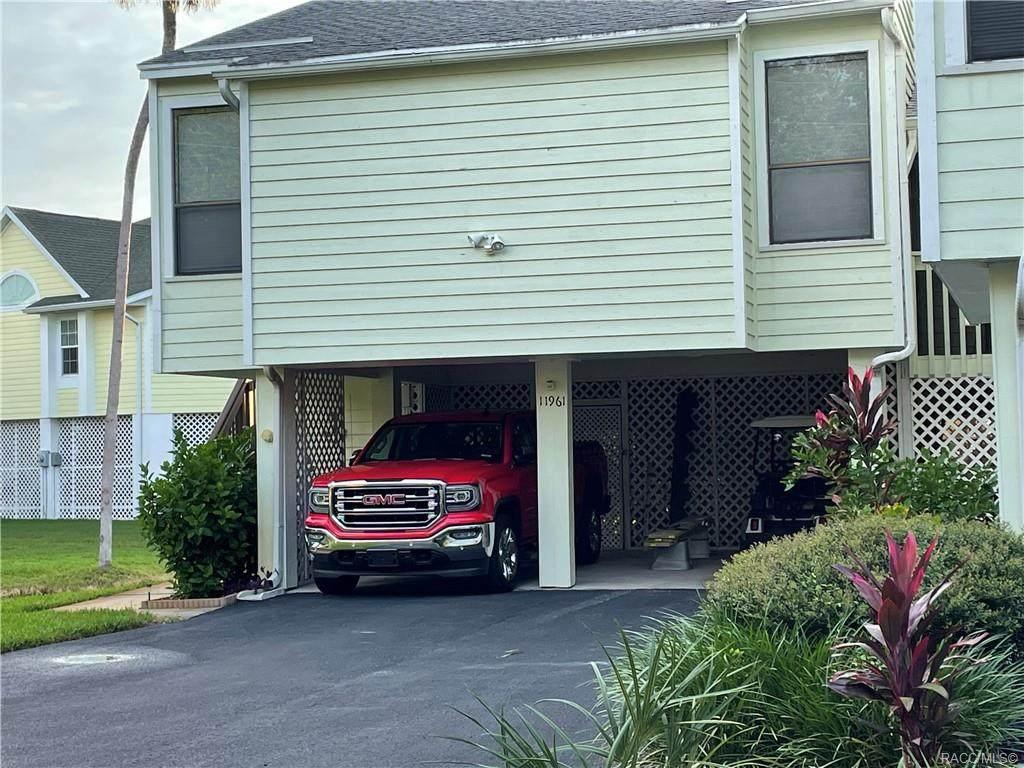 11961 Edgeview Court - Photo 1