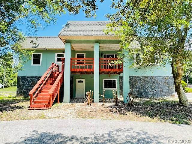 7471 S Irma Point, Lecanto, FL 34461 (MLS #804950) :: Plantation Realty Inc.