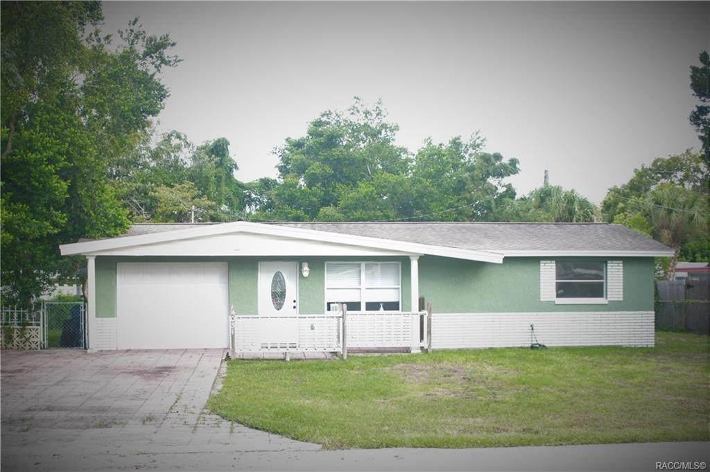 4051 Thunderbird Avenue - Photo 1