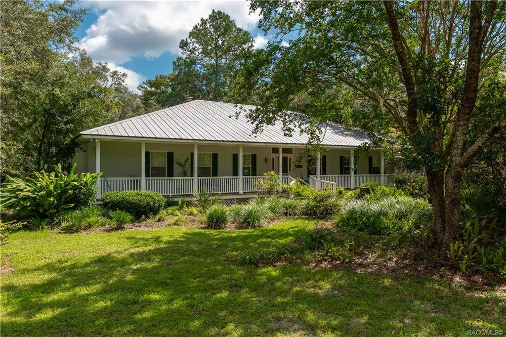 2919 Withlacoochee Trail - Photo 1