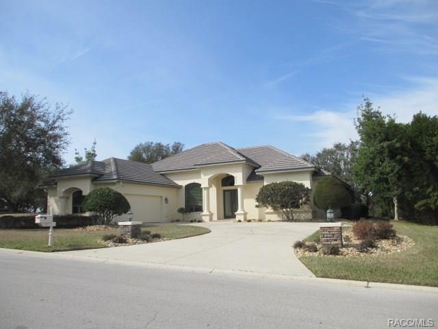2742 N Prestwick Way, Lecanto, FL 34461 (MLS #770208) :: Plantation Realty Inc.