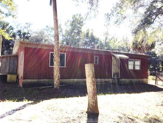 53 Lori Street, Inglis, FL 34449 (MLS #778343) :: Plantation Realty Inc.