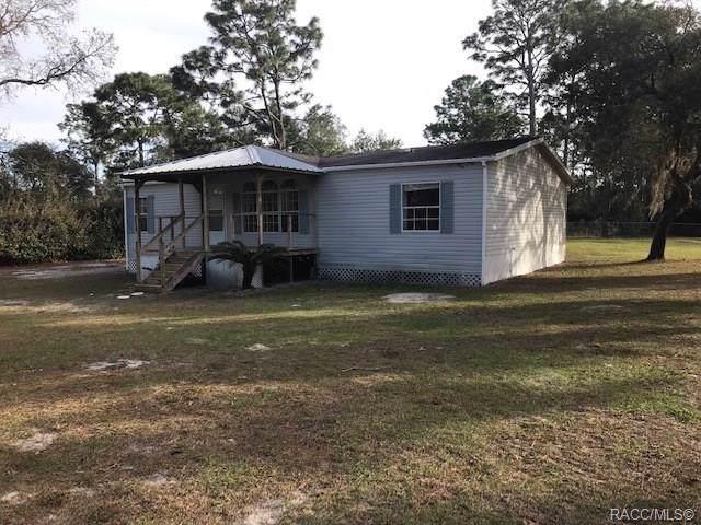 7106 W Autumn Lane, Homosassa, FL 34448 (MLS #788561) :: Plantation Realty Inc.