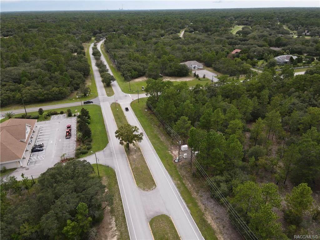 3015 Pine Ridge Boulevard - Photo 1