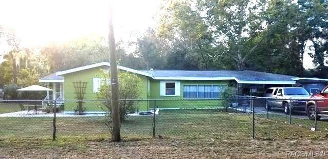 8685 E Orange Avenue, Floral City, FL 34436 (MLS #800900) :: Plantation Realty Inc.