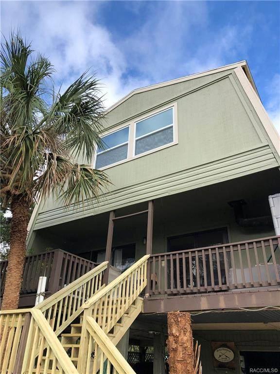 12108 W Gulf Breeze Court, Crystal River, FL 34429 (MLS #806265) :: Plantation Realty Inc.