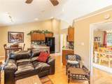 204 Coachmans Court - Photo 13