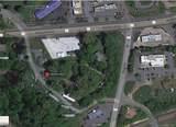 2 Westmont Road - Photo 2