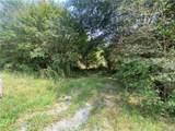 2206 Lakeview Lane - Photo 4