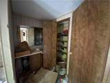 2206 Lakeview Lane - Photo 9