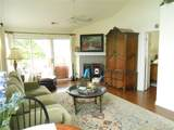 18009 Kings Point Drive - Photo 3