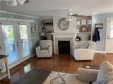 2194 Clyde Road - Photo 18
