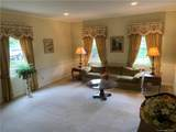 1008 Colonial Drive - Photo 7